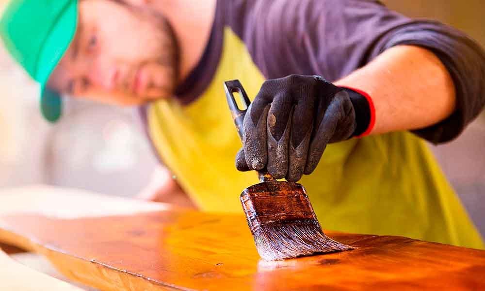 Goma laca, el perfecto barniz para la madera