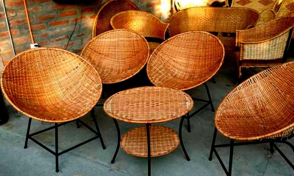 Restaurar sillones de mimbre para tu terraza