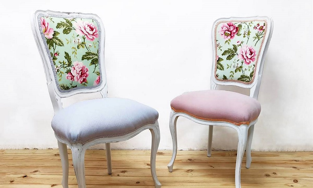 sillas-antiguas-restauradas-modernas